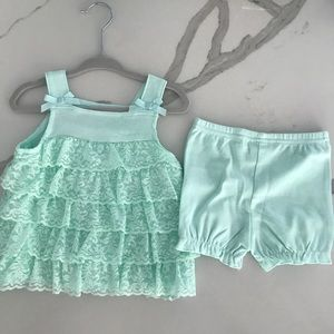 Starting out, NWT Short set